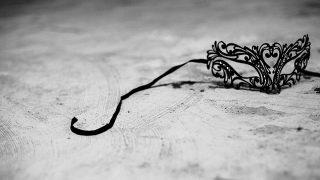 【800字書評】ピエール・ルメートル『天国でまた会おう』|上書きされた「仮面」